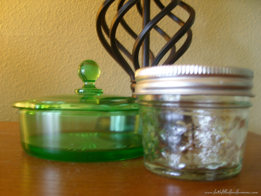 Create a diy spa kit to pamper yourself and others faith filled diy spa solutioingenieria Gallery