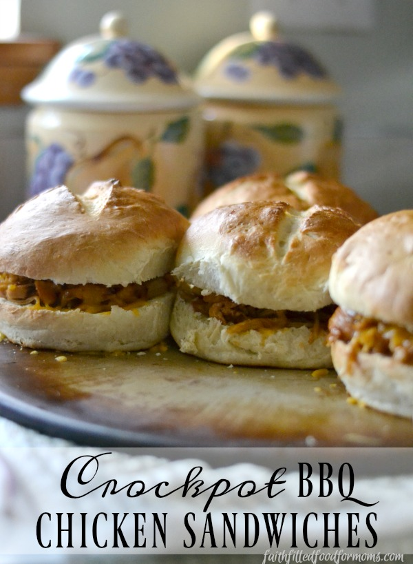 Crockpot BBQ Chicken Sandwiches