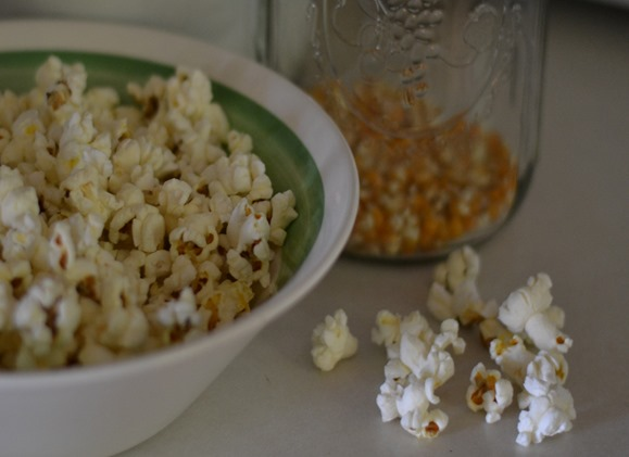 Old Fashioned Homemade Kettle Corn made on stove