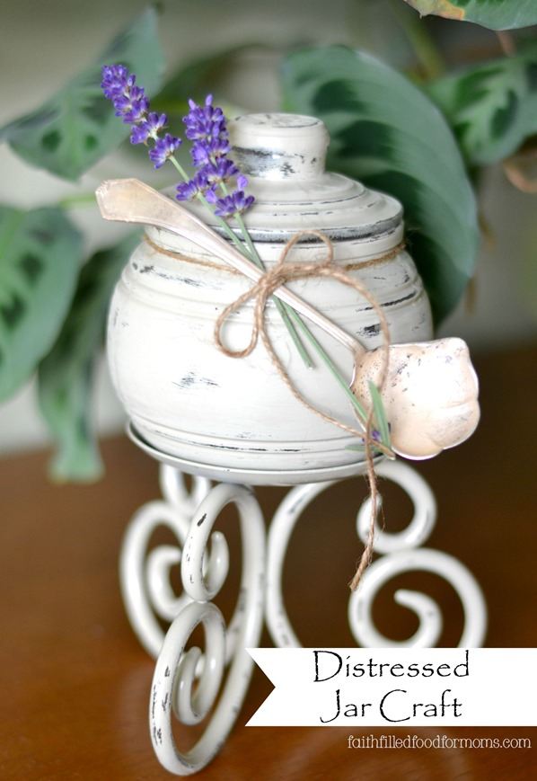 Distressed Jar Craft Thrifty Gift