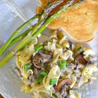 Easy Beef Stroganoff Skillet Dinner