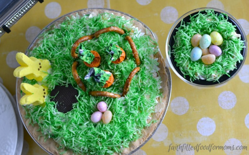 Easy Easter Pie Decorations 1