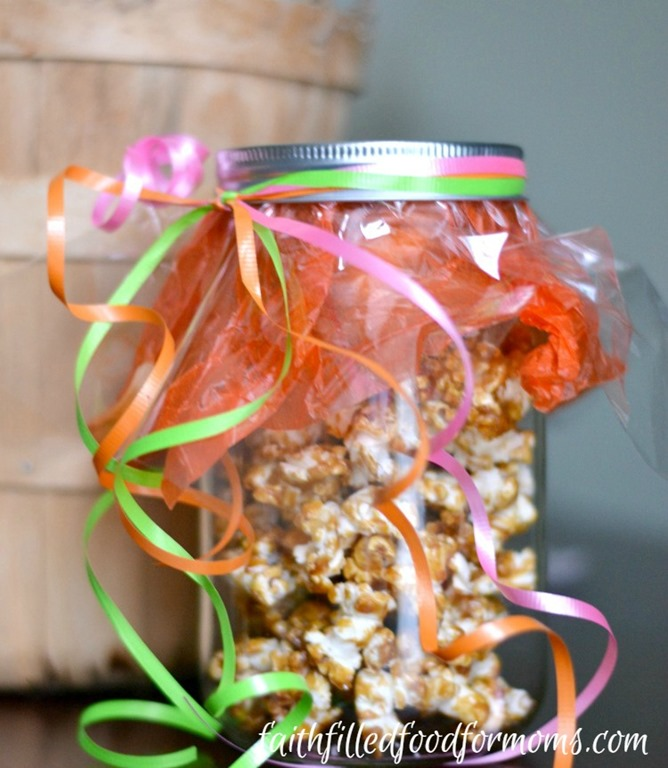 Homemade Caramel Corn Popcorn Recipe