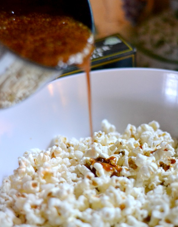 Homemade Caramel Corn Popcorn