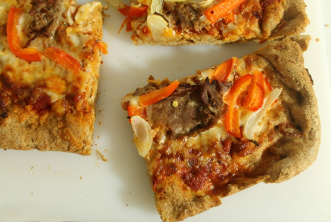Leftoevers-Recipes-roast-beef-and-cheddar-pizza