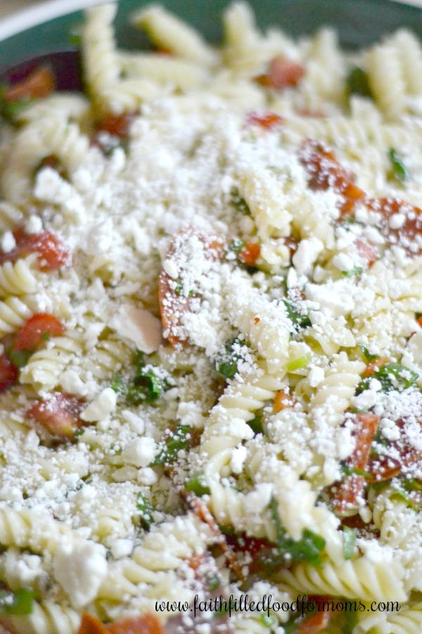 Quick Easy Zesty Italian Pasta Salad
