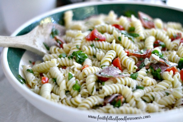 Quick Easy Zesty Italian Pasta Salad - Faith & Food for Busy Moms